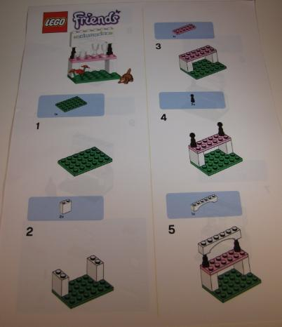 LEGO Friends Lemonade Stand build steps 1-5
