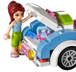LEGO Friends Mia's Sportscar - open trunk